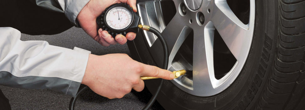 How to check your Car's tire pressure